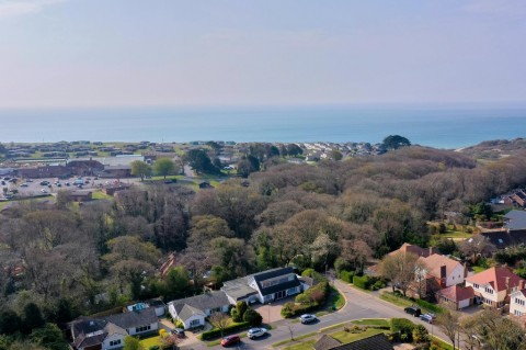 Click the photo for more details of HIGHCLIFFE ON SEA, Highcliffe On Sea, Christchurch