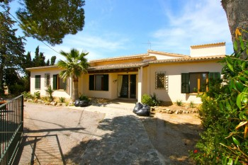 View Full Details for Calvia Village, Calvia SW Mallorca, , International, 1354560