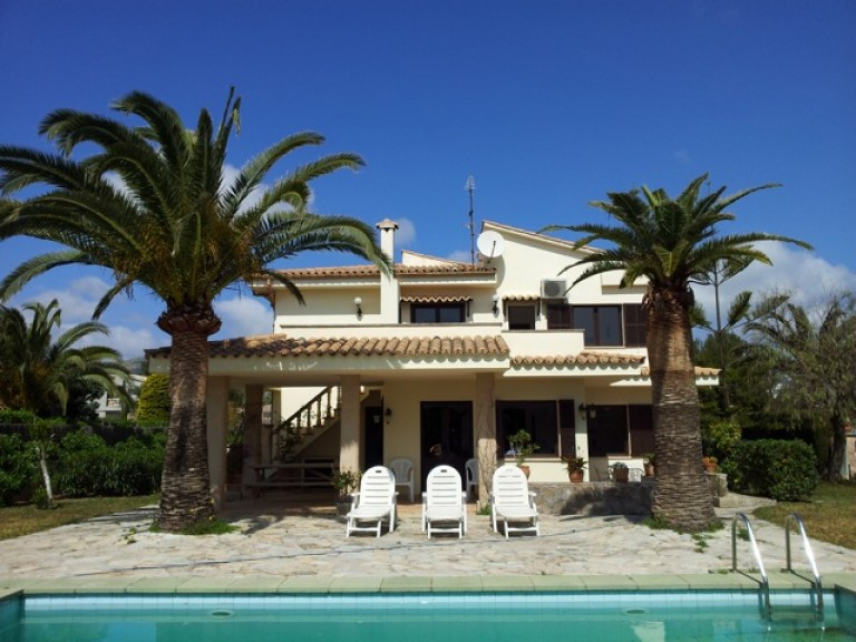 View Full Details for Puerto Pollensa, North East Mallorca, , International, 146254
